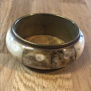 Jewelry - Beautiful bangle bracelet